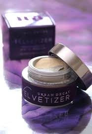 urban decay u0027s the velvetizer instantly transforms base makeup