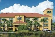 t-ec.bstatic.com/images/hotel/max1024x768/194/1945...