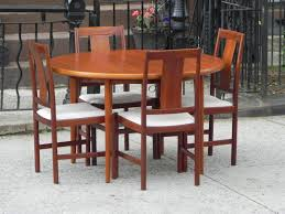 danish modern teak dining set 100 restored 2 leaves u0026 4