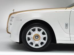 golden rolls royce rolls royce ghost golden sunbird revealed photos 1 of 7