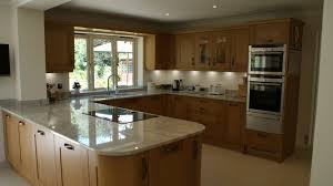 traditional contemporary solid oak shaker kitchen in woking surrey