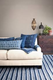 How To Mix Patterns Decorative Pillows U0026 Throws Edition
