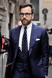 costume bleu marine mariage costume homme 3 pièces bleu marine et cravate à pois plus d