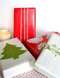 cheap gift wrap 84 best gift wrapping images on wrapping gifts gift