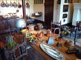cuisine chateau file chateau de montpoupon cuisine jpg wikimedia commons