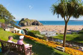 North Beach House Tenby Tenby Pembrokeshire Wales Uk Castle Beach In Summer With Tourists