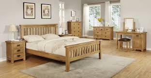 Dark Oak Bedroom Furniture Oak Bedroom Furniture Natural Color Of Bright Brown Dalcoworld Com