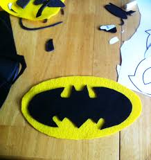 batman halloween costume for toddlers diy no sew batman costumes batman and halloween costumes