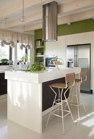 ilot cuisine blanc design interieur peinture cuisine vert olive îlot cuisine blanc
