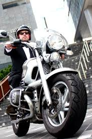 un faux james bond bmw r1200c motocykle pinterest james bond