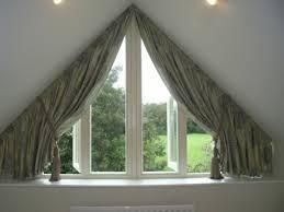dachfenster deko gardine dachfenster dreieckfenster dekorieren gardinen