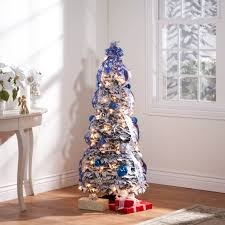 pull up trees decorated decorations 2017