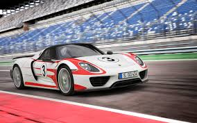 porsche electric hybrid porsche 918 spyder plug in hybrid final tune drops 0 100km to 2 6