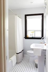 black white bathrooms ideas photo gallery 20 small bathrooms