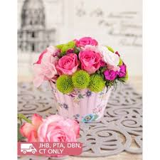 cupcake flowers pink flower cupcake arrangement south africa inmotion flowers