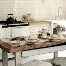 cuisine bois brut décoration table cuisine bois brut 73 montreuil 01452219 à table