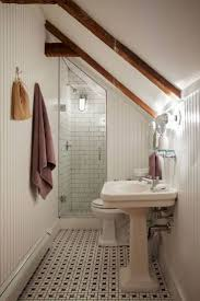 Bathroom Remodeling Ideas Before And After by Best 25 Small Bathroom Makeovers Ideas Only On Pinterest Small