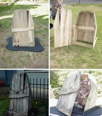 Halloween Decorations To Make At Home Diy Halloween Zombie Pit Youtube Halloween Ideas Pinterest
