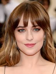 how to get dakota johnsons hairstyle celebrity hairstyles dakota johnson brown hairstyle how tall is