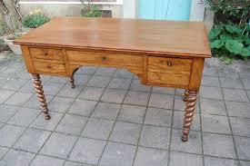 bureau louise bureau louis philippe walnut 19th century desks
