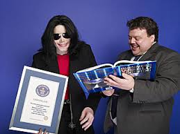 mj at guiness world records headquarters 2006 lipstick alley