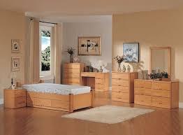 Light Oak Bedroom Set Light Oak Bedroom Furniture Charleston Style Of Oak Laminate