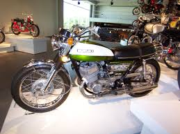 suzuki gt 500 brief about model