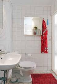 purple wall paint toilet glass window black bath mat bathtub