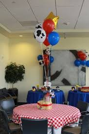 Western Style Centerpieces by Best 25 Woody Party Ideas On Pinterest Toy Story Party Toy