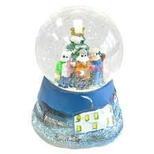 snow globe mummers featuring the mummer s song by simani 6