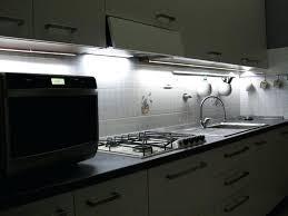bande led cuisine bandeau led cuisine led cuisine 2 ruban led sous meuble cuisine