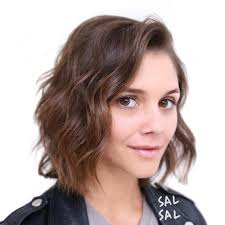 midi haircut 40 flattering haircuts and hairstyles for oval faces