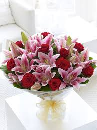 Roses And Lilies Red Rose U0026 Pink Lily Hand Tied