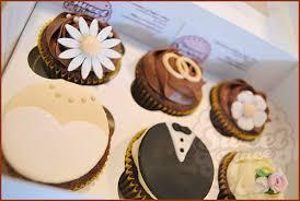wedding gift set wedding cupcake gift set