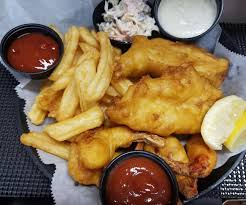 lolas seafood eatery lobster rolls fish and chips maine lobster