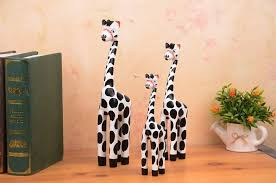 3pcs set bali wooden giraffes crafts sets white yellow giraffes