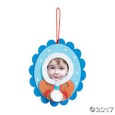 eskimo kid picture frame ornament craft kit trading