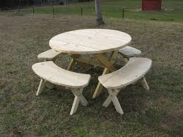 Diy Small Round Wood Park Picnic Table With Detached Octagon Bench by Best 25 Round Picnic Table Ideas On Pinterest Outdoor Picnic