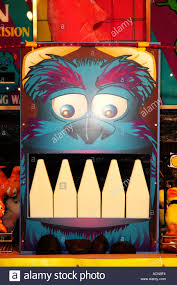 sulley monsters knock teeth game side show alley dsc 1997