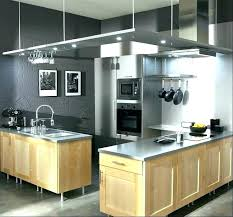 meuble cuisine gris clair peinture cuisine gris clair cuisine blanche murs aubergine peinture