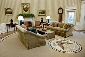 trump redesign oval office following tradition obama redecorates oval office mcclatchy