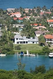 celebrity homes olivia newton john pulls