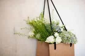 flowers to go mi pequeña tribu flowers to go by sally l hambleton