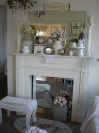 Decorating Ideas With Antiques Best 25 Shabby Chic Mantle Ideas On Pinterest Chabby Chic