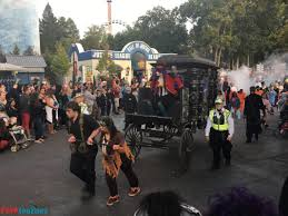 Fright Fest Six Flags Nj Fright Fest At Great Adventure Brings The Scares For 2015