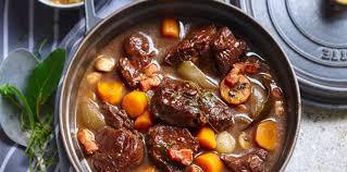 cuisiner un boeuf bourguignon bœuf bourguignon facile facile et pas cher recette sur cuisine