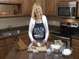 how to properly measure recipe ingredients measuring tips rada