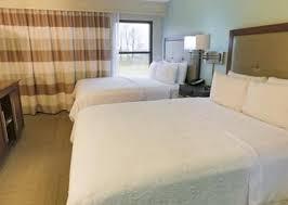 two bedroom suites nashville tn nashville airport lodging hton inn suites nashville airport