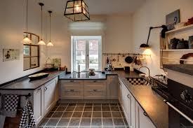 küche ideen küchen im landhausstil grüne küche im landhausstil wohnen