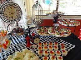 Alice In Wonderland Baby Shower Decorations - 70 best alice in wonderland baby shower images on pinterest